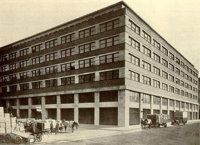 Geschäftshaus Kaiser-Wilhelm-Straße Ecke Dircksenstraße 1930