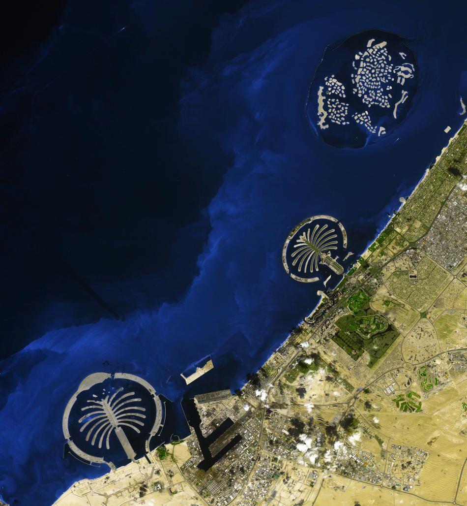 Вид с космоса дубай флай дубай самолеты фото