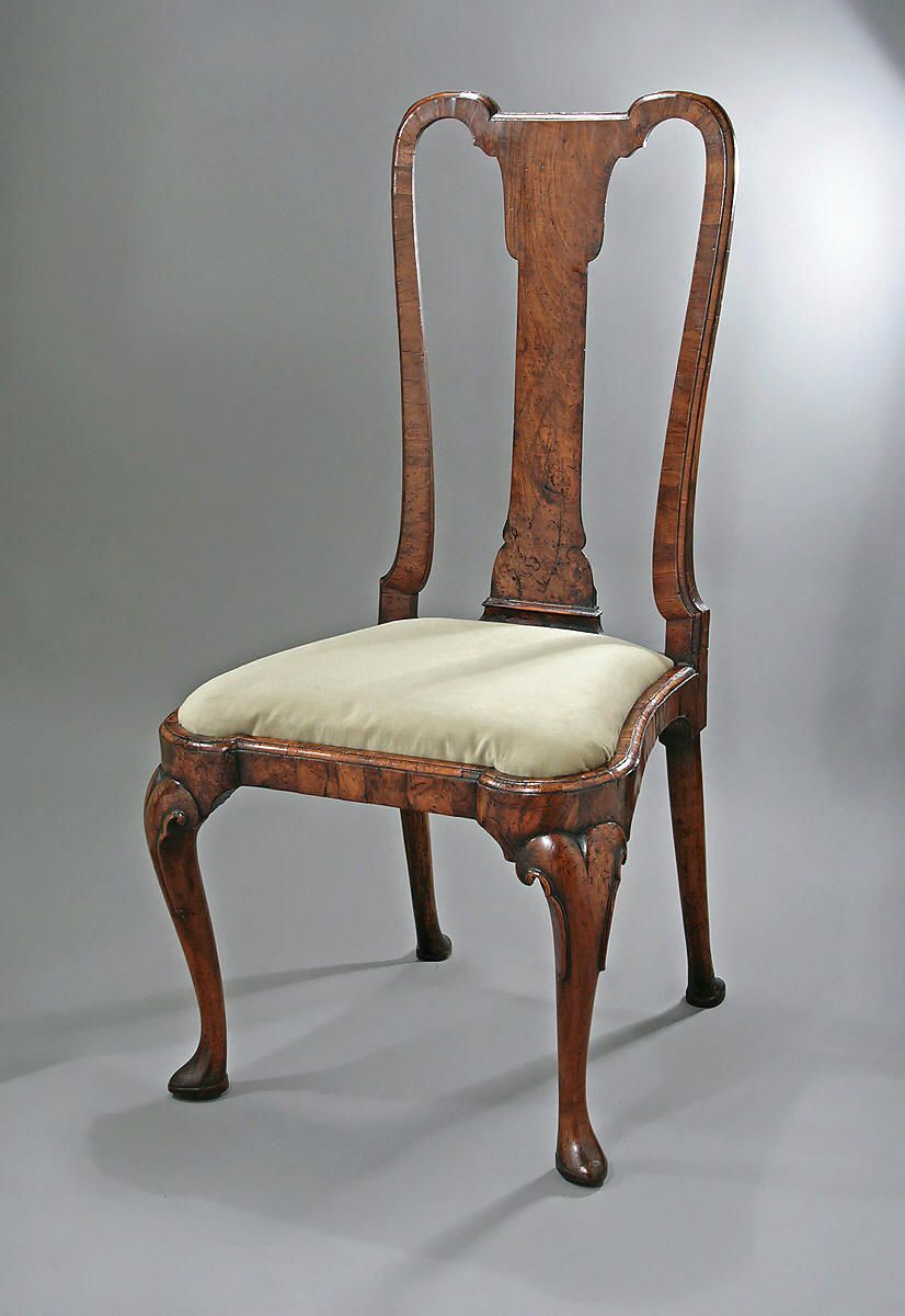 QUEEN ANNE   GEORGE I WALNUT VENEERED SIDE CHAIR  England  c1710 1715 QUEEN ANNE   GEORGE I WALNUT VENEERED SIDE CHAIR  England  c1710  . Antique Queen Anne Upholstered Chairs. Home Design Ideas