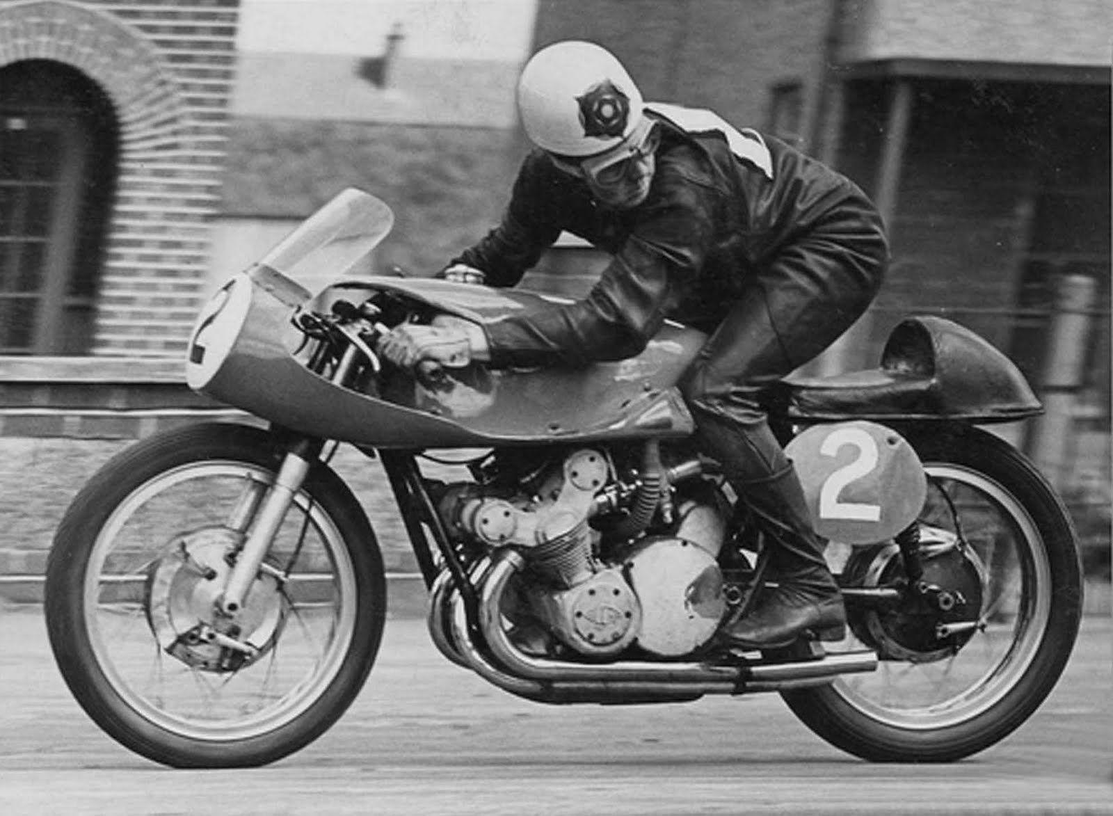 ..._Geoff Duke / MV Agusta / 1955 Ulster GP