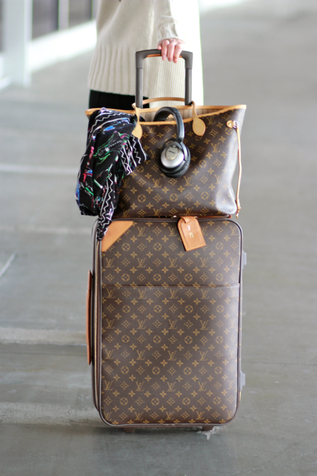 32dac6d57aaa Traveling. Louis Vuitton Neverfull MM and Pegase carryon