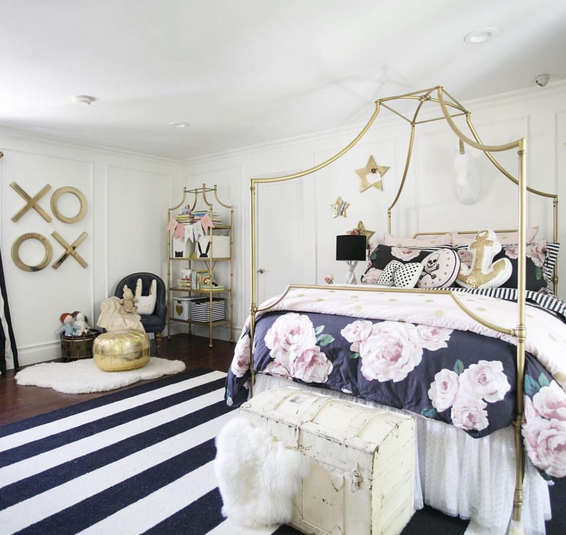 Young Girls Room Another Emily And Merritt For Pottery Barn Teen Living