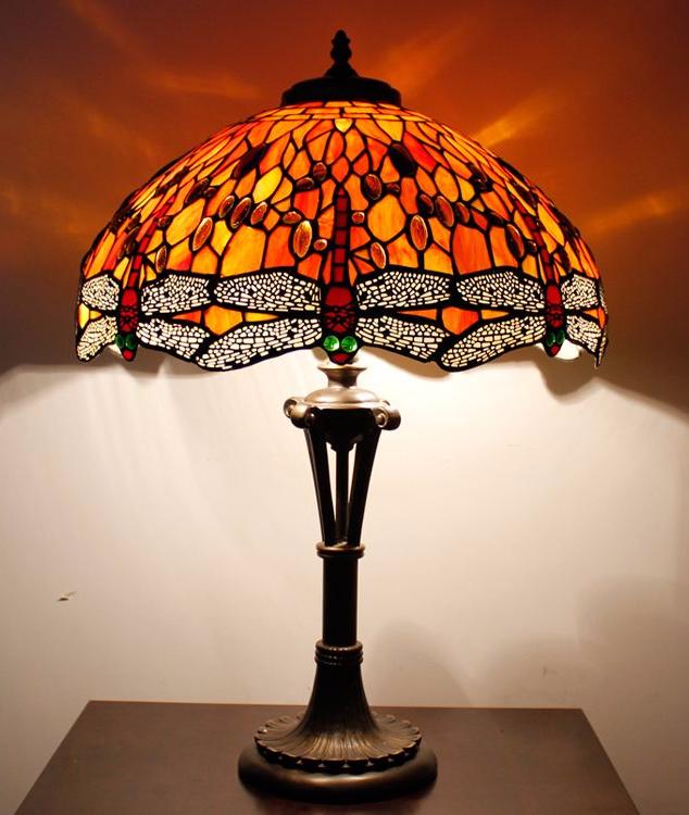 Pin By Angharad Bidder On Living Toom Light Table Lamp Novelty Lamp