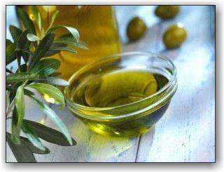Aceite de Oliva es mejor que la Vaselina para crecer las pestañas