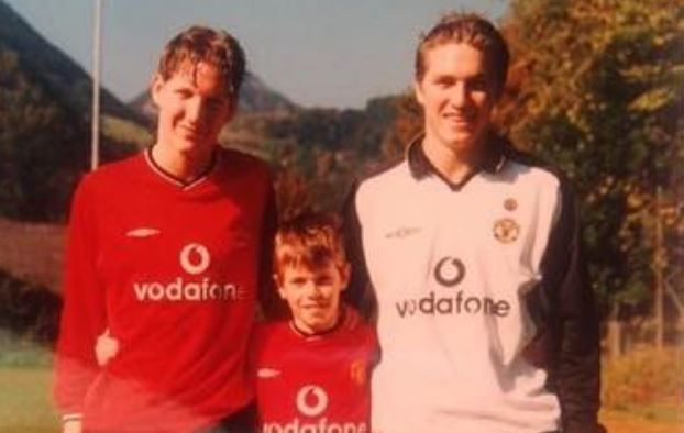 Bastian Schweinsteiger Penggemar United Sejak Kecil