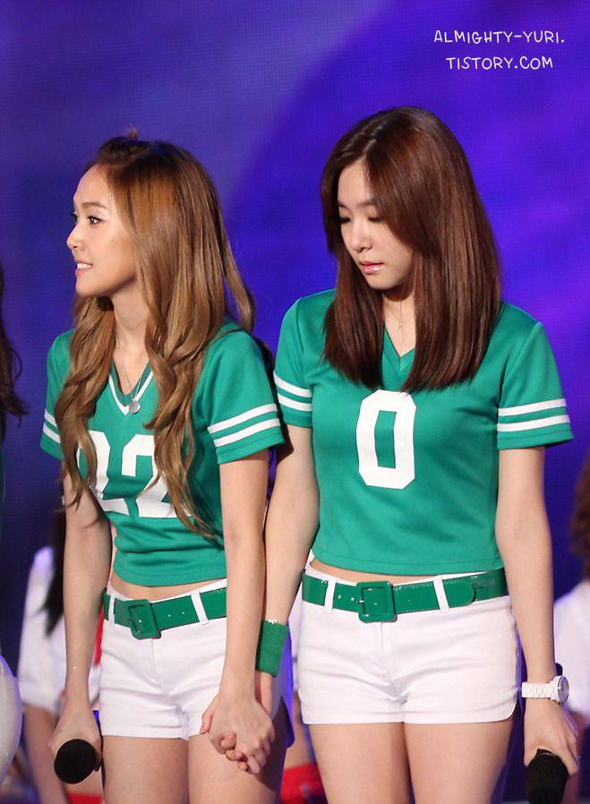SNSD Jessica and Tiffany