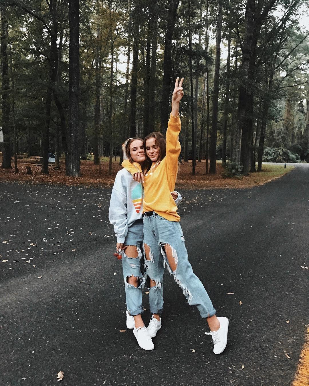 Fashionable Straight Slim Leg Ripped Jeans Distressed Leggings