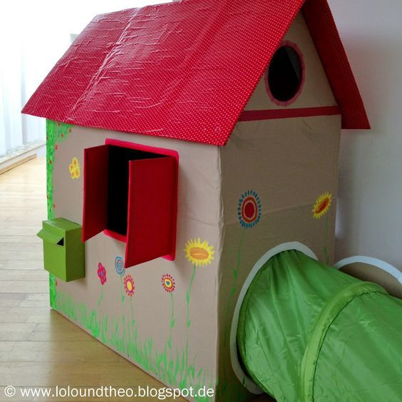 diy spielhaus aus kartons kartonhaus zum spielen. Black Bedroom Furniture Sets. Home Design Ideas