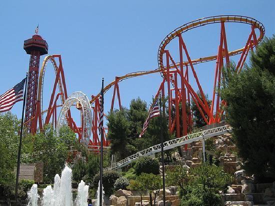Best Amusement Parks The World Best Amusement Parks California Travel Travel Spot