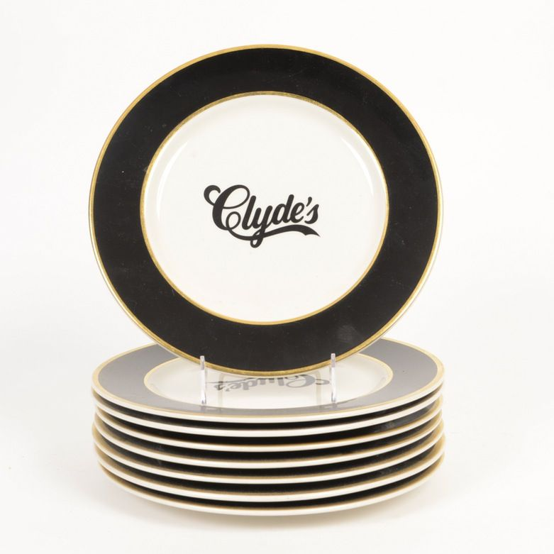 A collection of Clyde\u0027s dinner plates. These plates feature a gold rim and black lip  sc 1 st  Pinterest & Eight \