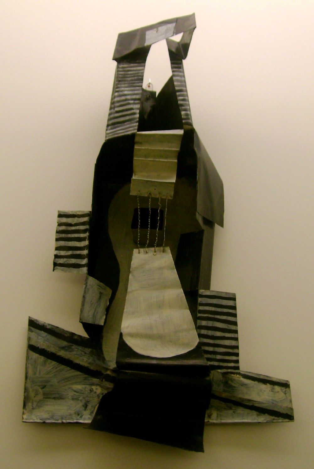 picasso guitar picasso went on to create d sculptures out guitar