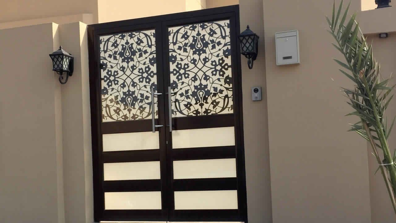 Pin By ابواب درج حديد القصور الذهبية On ابواب خارجية Home Decor Home Room Divider