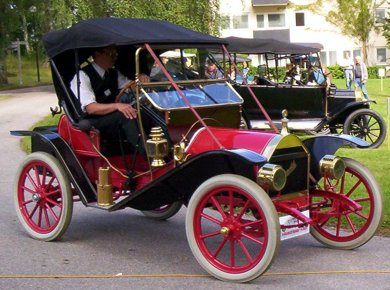 Hupmobile Model 20 Runabout 1910 | Antique cars, Old classic cars, Classic  cars