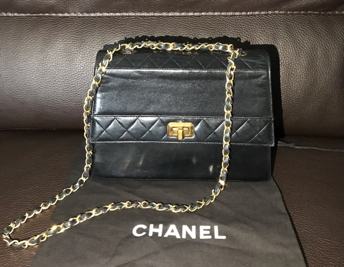 6500fe8ac991 RARE CHANEL LE Vintage 24K Gold Plated Leather Classic Chain Shoulder Bag  Purse