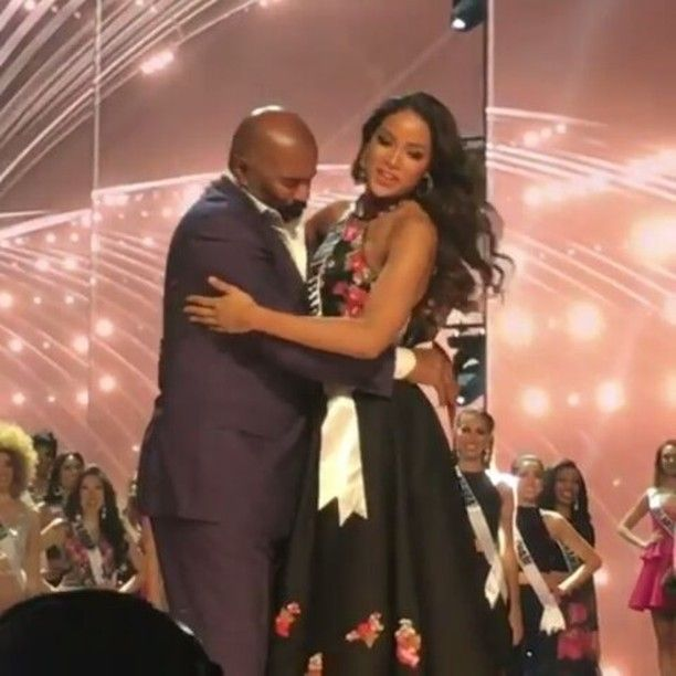 Miss Colombia Hugs Host Steve Harvey and Says Something Which Definitely Shocked Him! WATCH HERE!