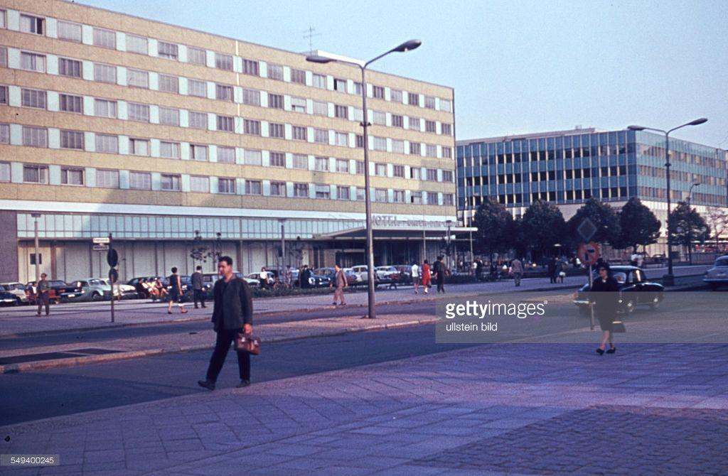 'Hotel unter den Linden'