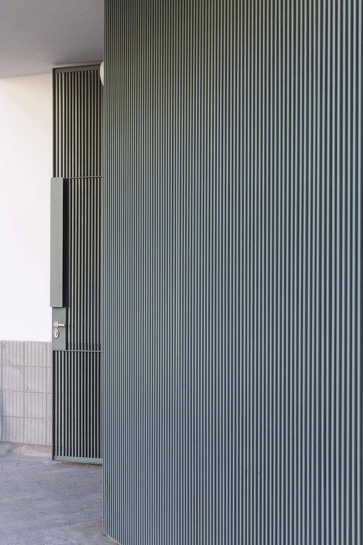 Affordableinteriordesignerdallas Interiorconcepts Interior Cladding Glass Doors Interior Office Interior Design