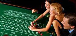 Roulette gehört wohl zur ältesten Form des Glücksspiels und fesselt seit her Jung und Alt ohne dabei an Reiz zu verieren. Auf http://www.lacasino.tv/kostenlos-roulette-spielen/ habt Ihr nun die Möglichkeit sogar Roulette kostenlos zu spielen. Natürlich könnt Ihr jeder Zeit um echtes Geld zocken. Das ist natürlich Eure Entscheidung