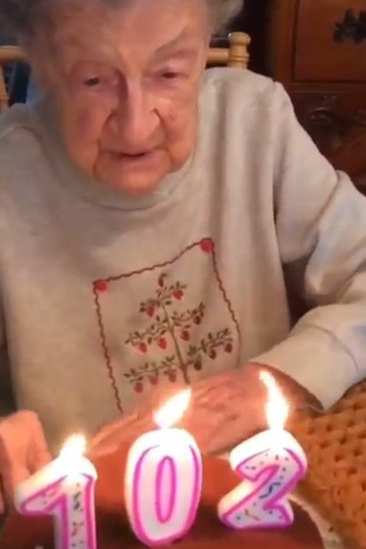 virtual birthday cake blowing candles