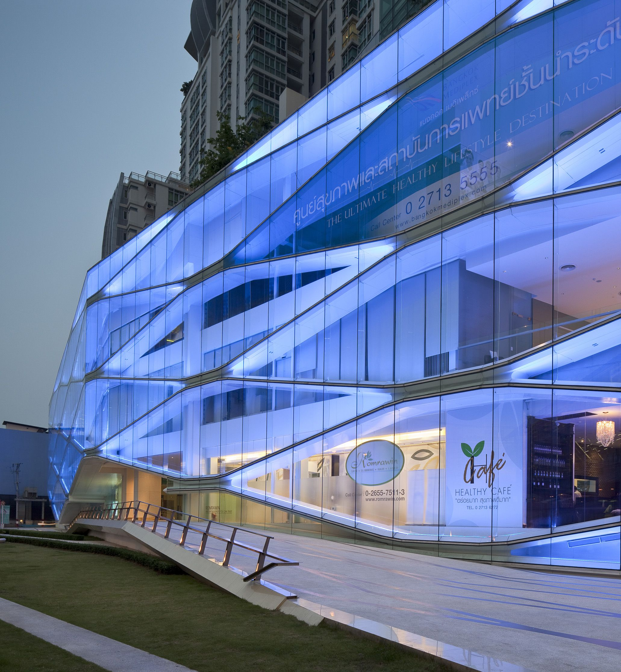 Bangkok mediplex orbit architects health care and for Bangkok architecture