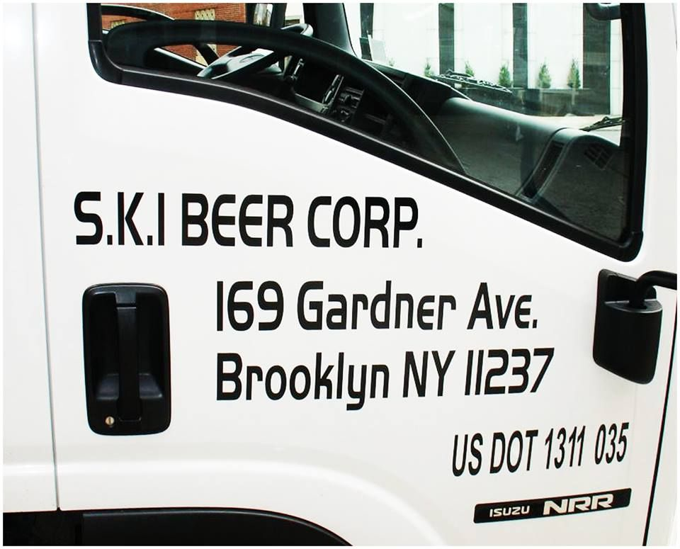 Get the most bang for your vehicle branding with vinyl lettering use your commercial vehicles as mobile marketing tool with vinyl lettering and dot numbers