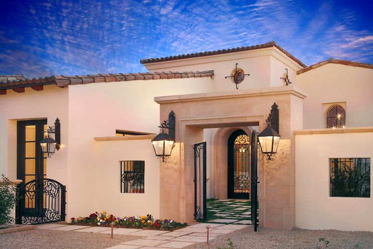 Spanish house styles design hacienda pinterest for Mediterranean roof styles