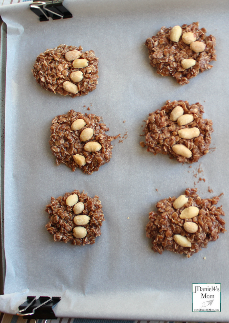 No Bake Cookies Gruffalo Or Bear Paws On Tray With Images No