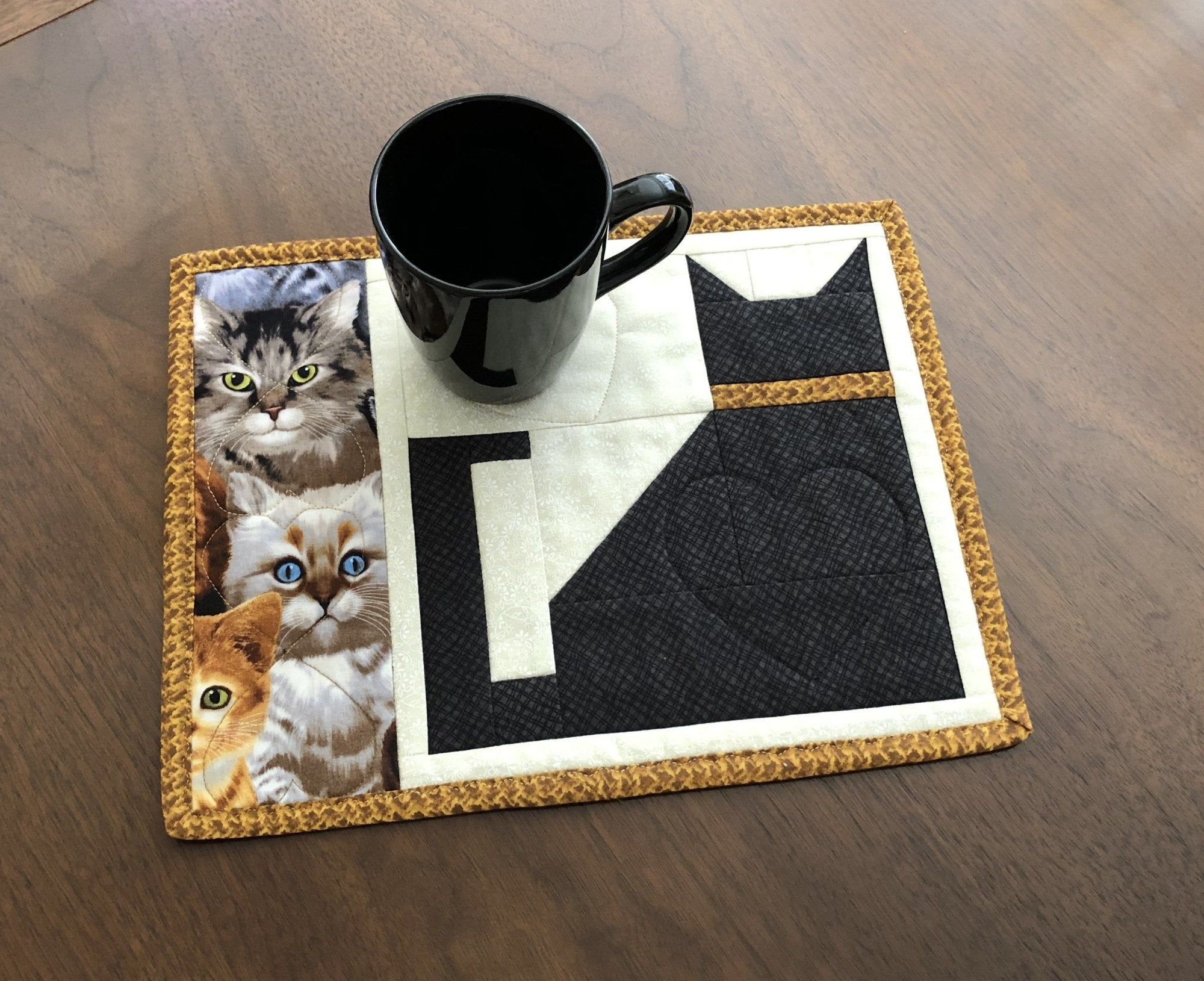 Quilted Snack Mat, Black Cat Mug Rug, Mini Placemat