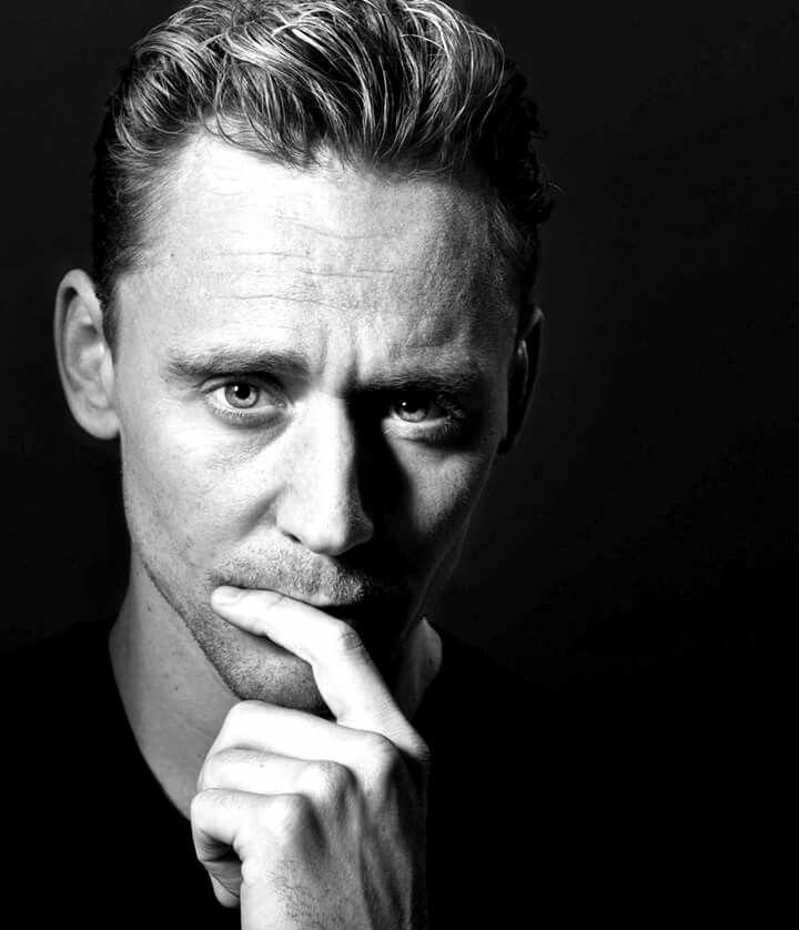 Los Angeles Times: Tom Hiddleston