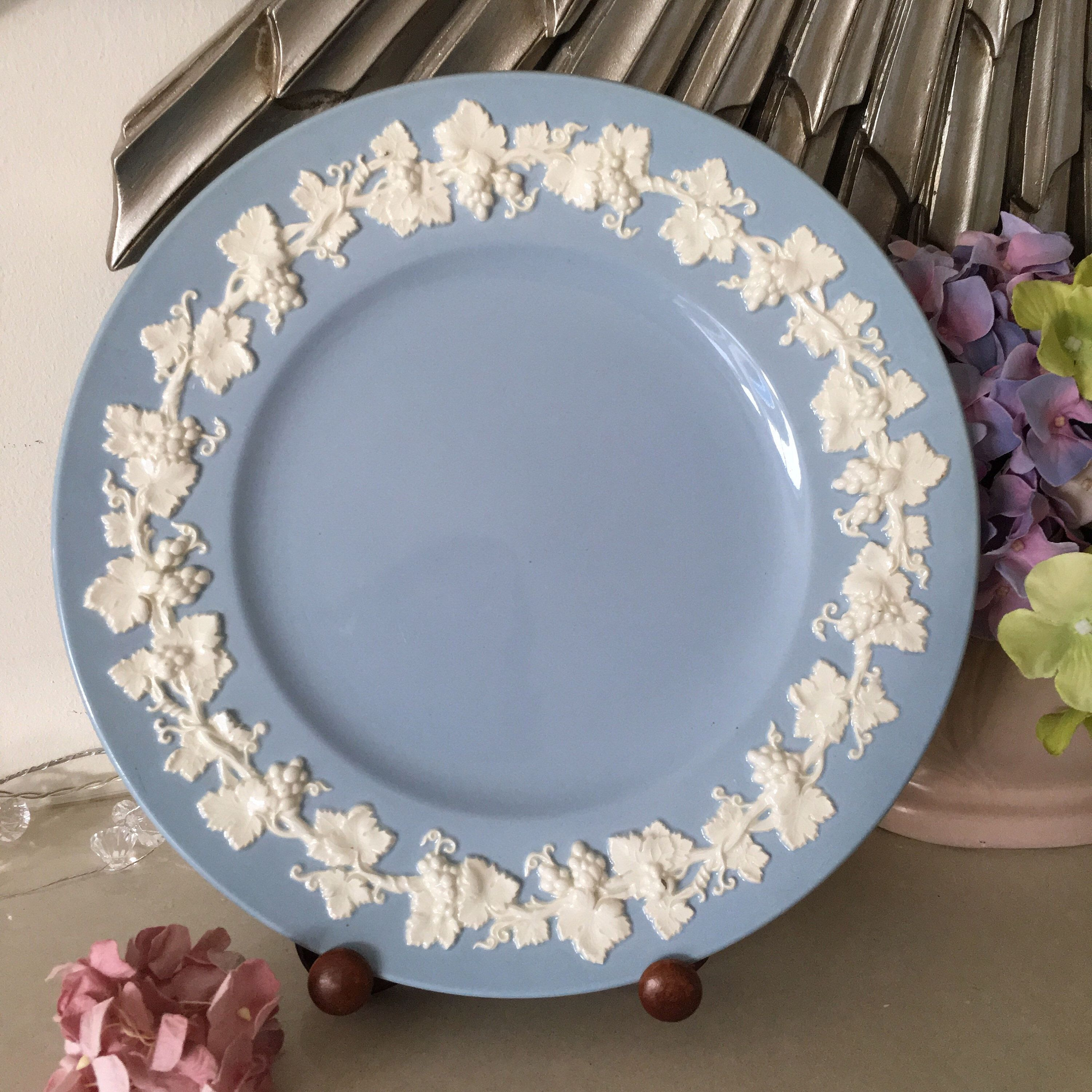 Excited To Share This Item From My Etsy Shop Classic Wedgwood Queensware Blue Embossed 10 75 Dinner Plate Perfect Vintagedini Plates Blue Plates Wedgwood