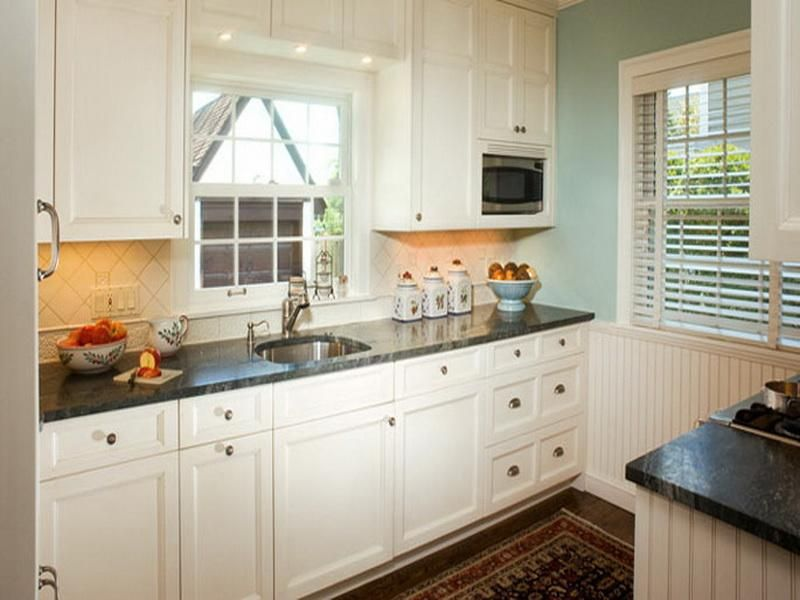 Best Arcadia Cabinets White Amazing Color For Your Kitchen 400 x 300