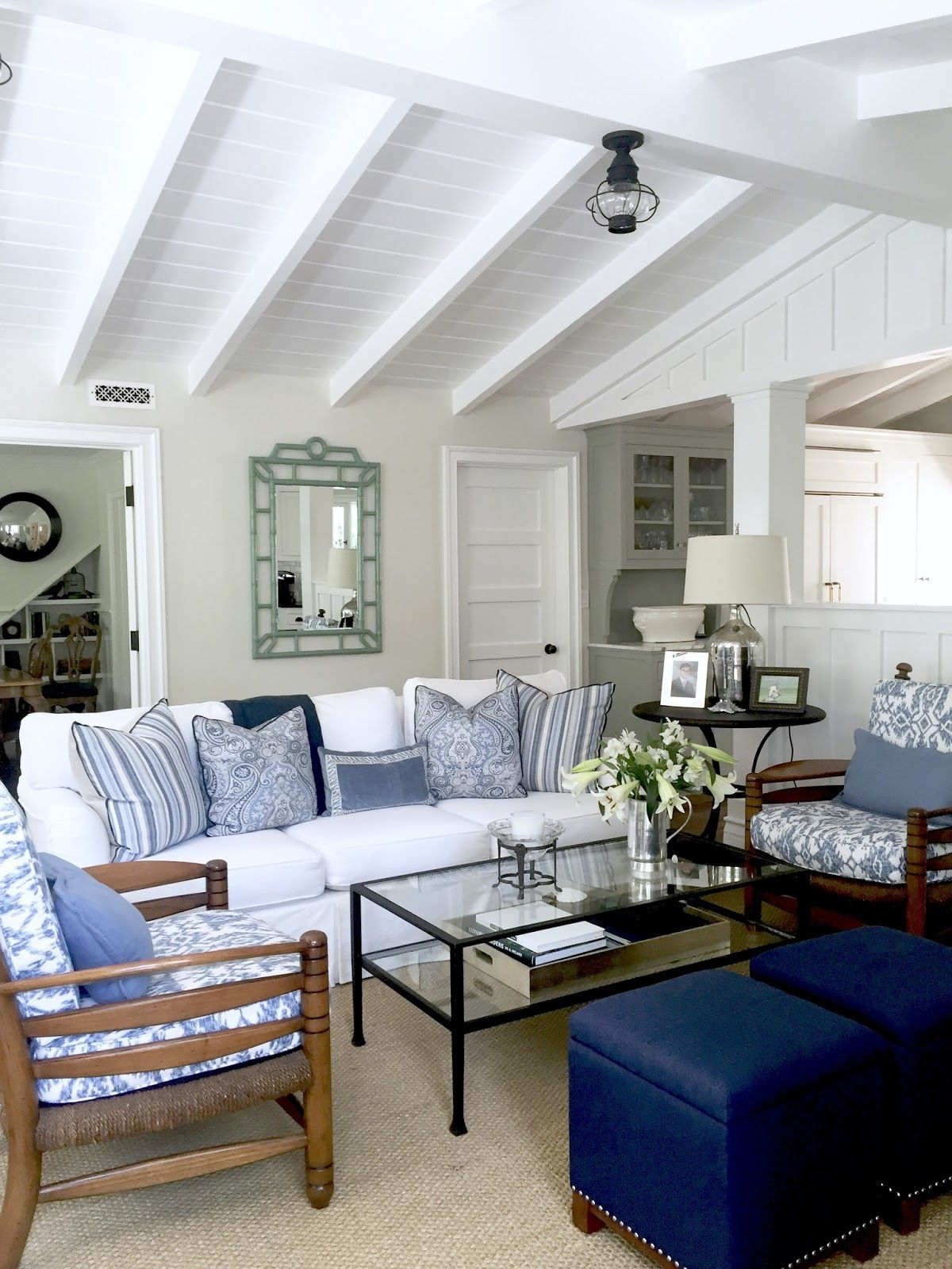 Best Blue And White Casual Beach Cottage Blue White Living Room Living Room White Home 400 x 300