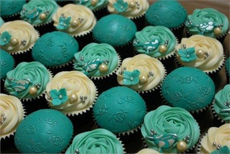 bold blue and white wedding cupcakes