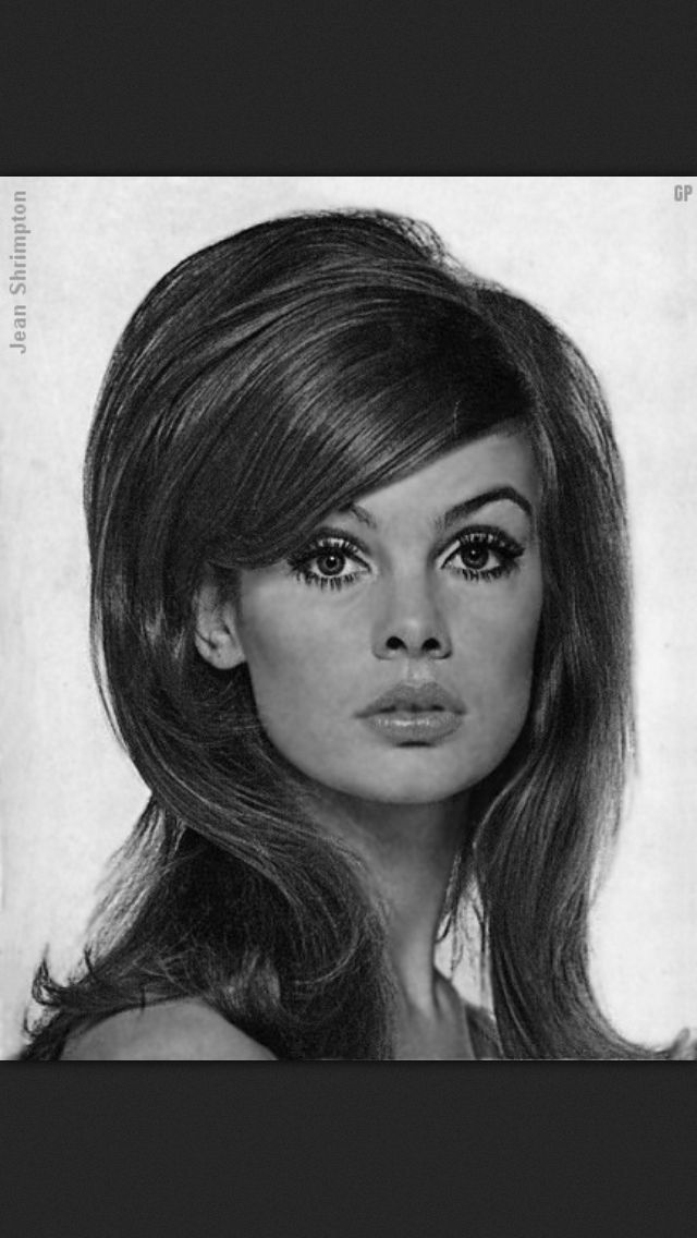 7 Hairstyles Of The 60s You D Totally Wear Today Mod Hair 1960s Hair 60s Hair