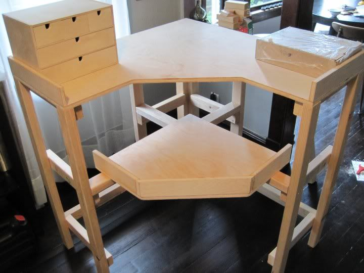 Jewellers Bench Designed With A Removable Square Top Also Love The Built In Electric Supply Jewellers Bench Home Workshop Bench Designs