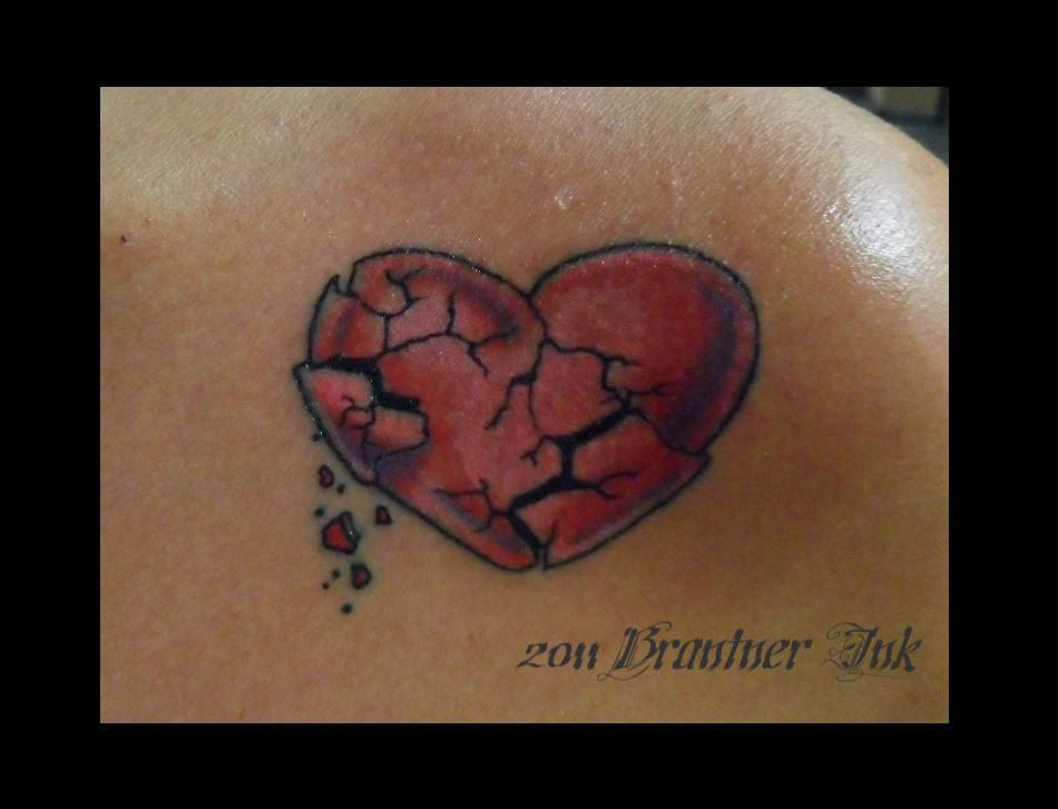 Broken Heart Tattoo Images Broken Heart Tattoos With Images