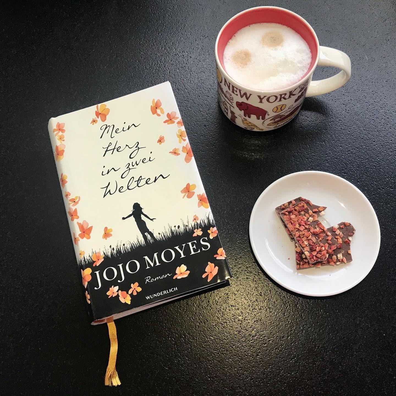 Genau Das Richtige Buch Fur Einen Grauen Samstag Jetzt Mit Einem Kaffee Auf Das Sofa Und Erst Wieder Aufhoren Wenn Die Sonne Book Cover Jojo Moyes Instagram