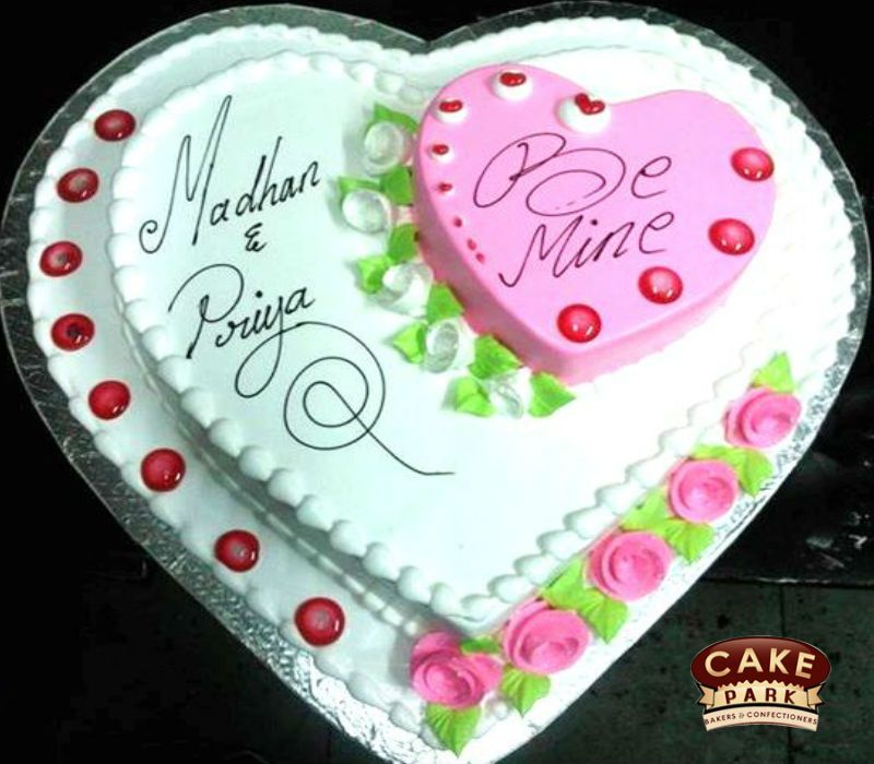 Vanilla Heart Shape Birthdaycake With White Fresh Cream Topping Order Cakes Online In Chennai And Bangalore