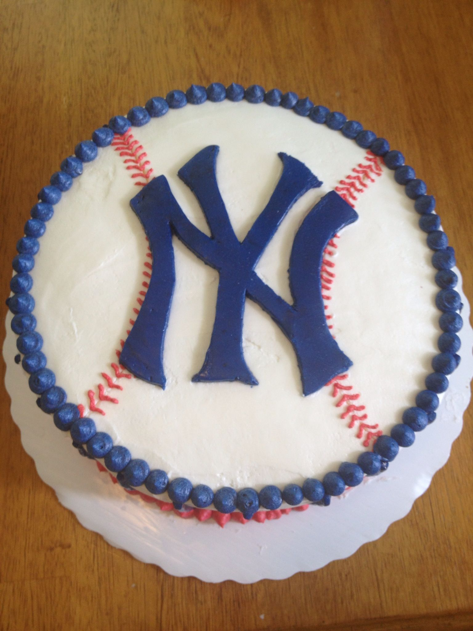 Yankees Cake For Bryce S 11th Yankee Cake Cake Creations Halloween Cakes