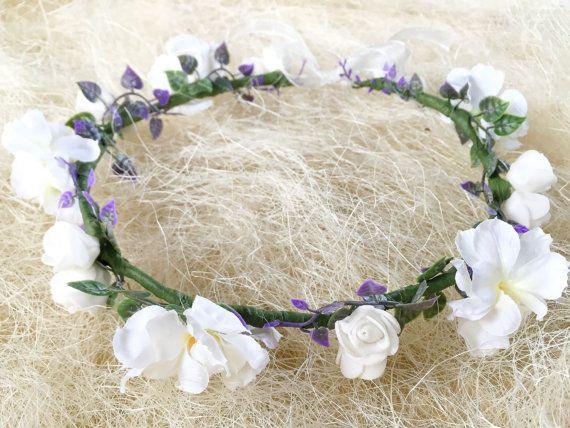 White wedding flower wreath for bride or bridesmaids.