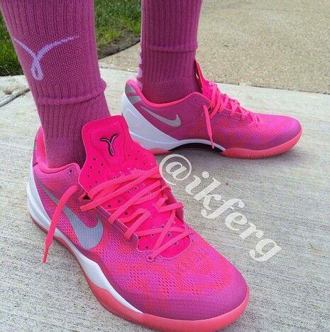 reputable site 4f950 25e5c Kobe 8 Breast Cancer Awareness Nike... )