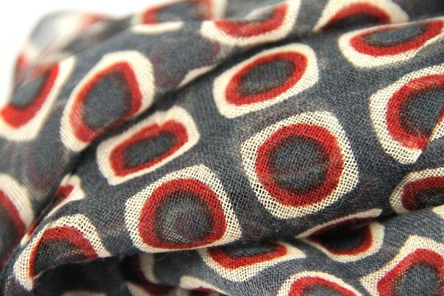 Echarpe en laine Lhassa   Echarpe en laine   Echarpe, Echarpe laine ... e22364f89a2