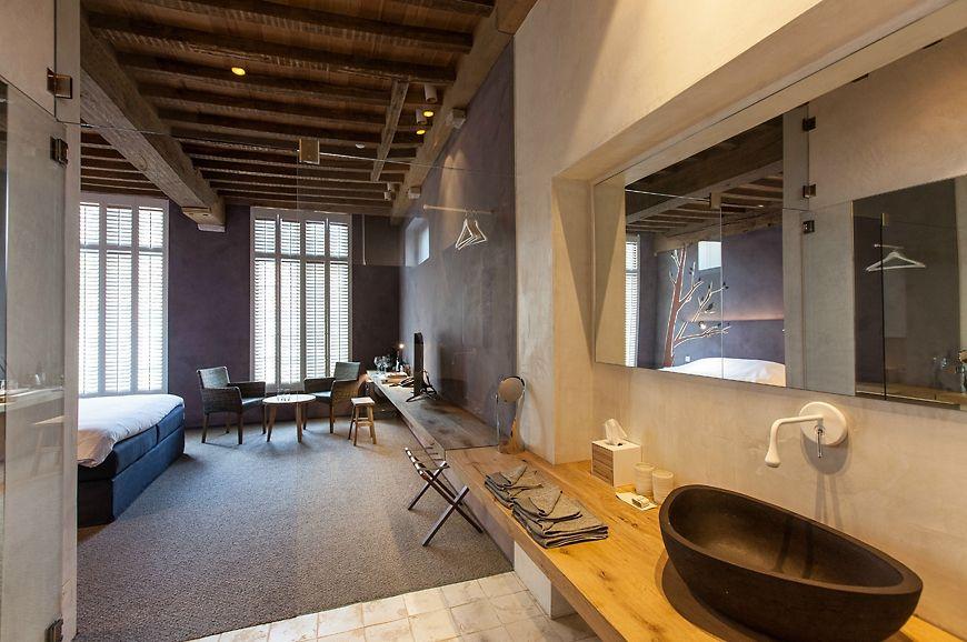 La Suite Sans Cravatte, Bruges, Belgium travelplusstyle
