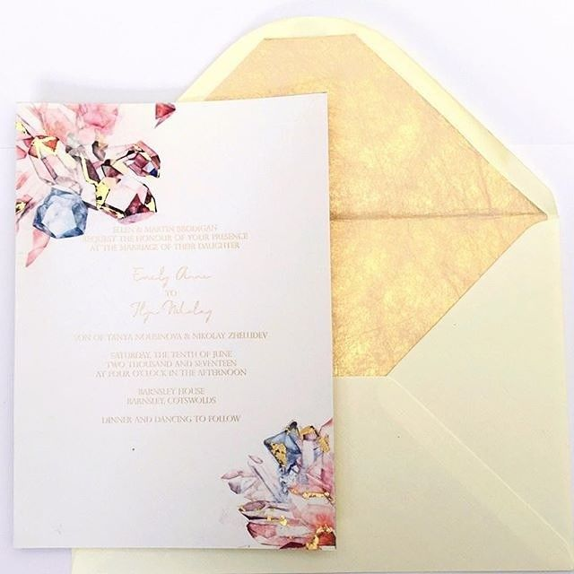 Bespoke Wedding Invitation: Crystals Are Perfect To Make You Shine Also On Your