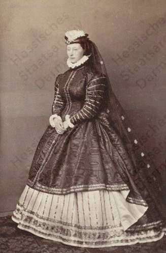 Princess alice of Hesse renaissance revival gown