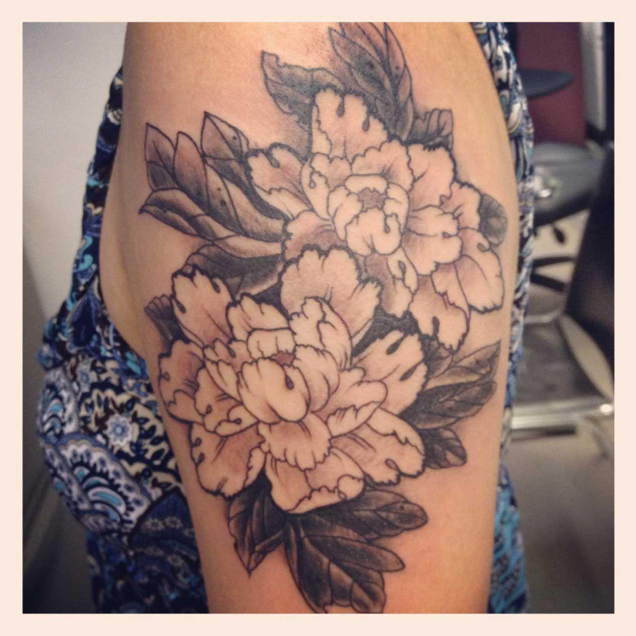 Peony tattoo black and white tattoos pinterest peonies tattoo peony tattoo black and white beautiful flower izmirmasajfo