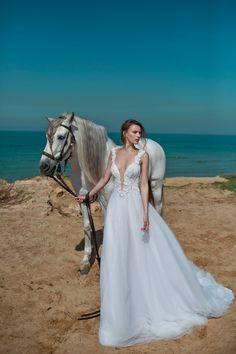 Nurit Hen Haute Cout www.mccormick-weddings.com Virginia Beach