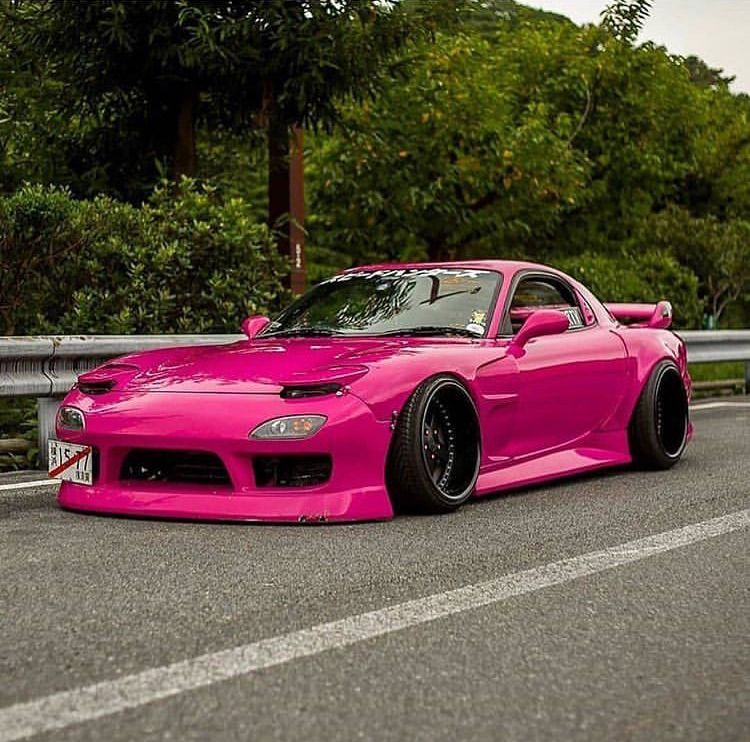 Photo of Pink rx7 body kit