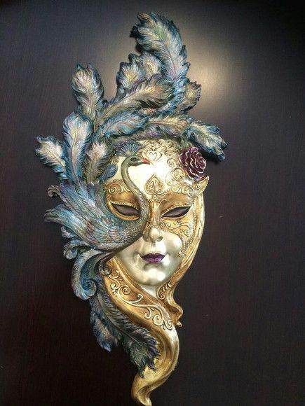 Zap 61 992213031 Linda mascara veneza de R$120,00 por R$100,00. Sua casa merece uma nova peça. #gesso