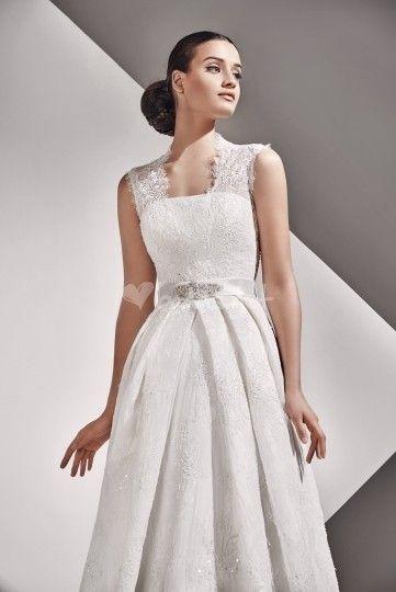 ffe836052 Azalea - vestido de encaje de Modanovias
